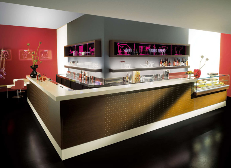 Arredamento per bar linea arredo bar arredamenti e for Arredamento bar usato milano