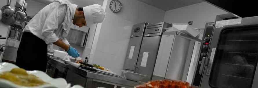 Attrezzature per la ristorazione arredamenti e for Arredamenti e attrezzature per la ristorazione